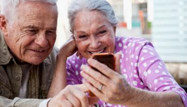 Digital help for senior migrants